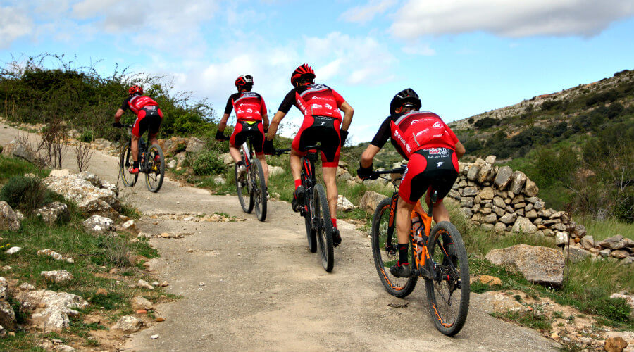 Mountain bike en grupo