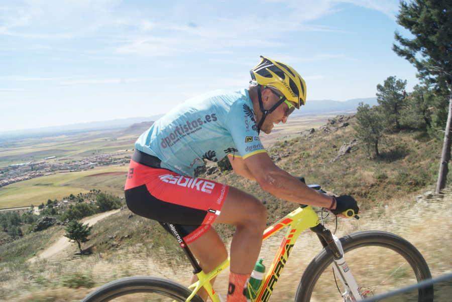ciclista de mountainbike