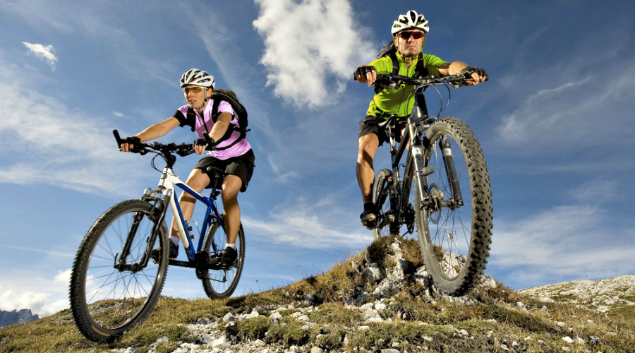 ciclistas de mountainbike