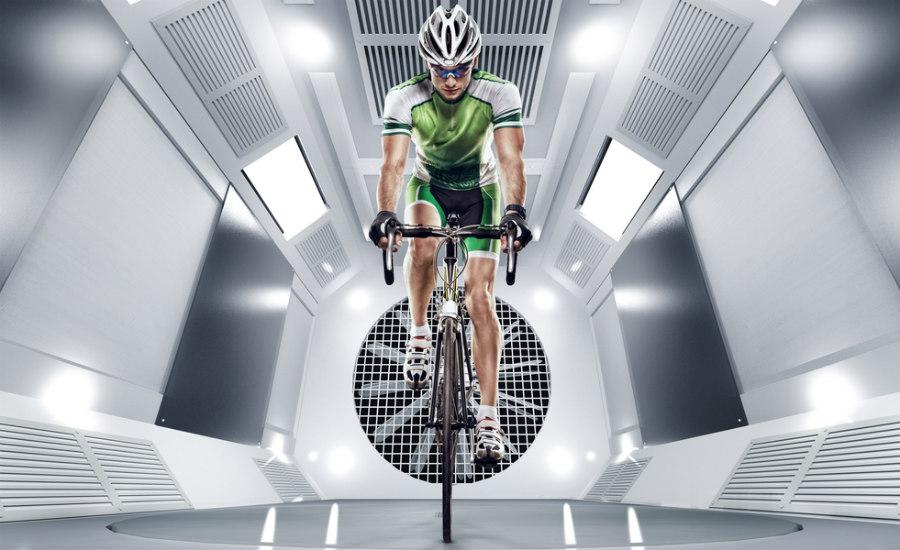 ciclista en el túnel de viento