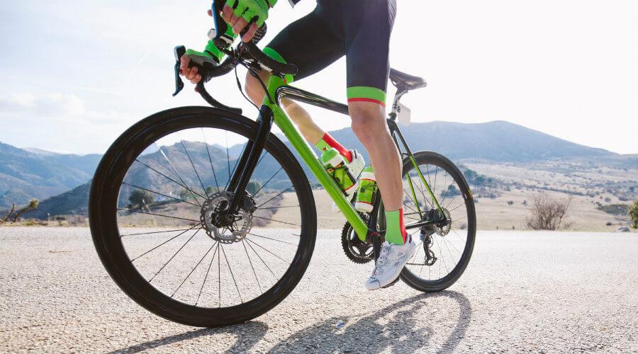 Bicicleta de carretera con frenos de disco