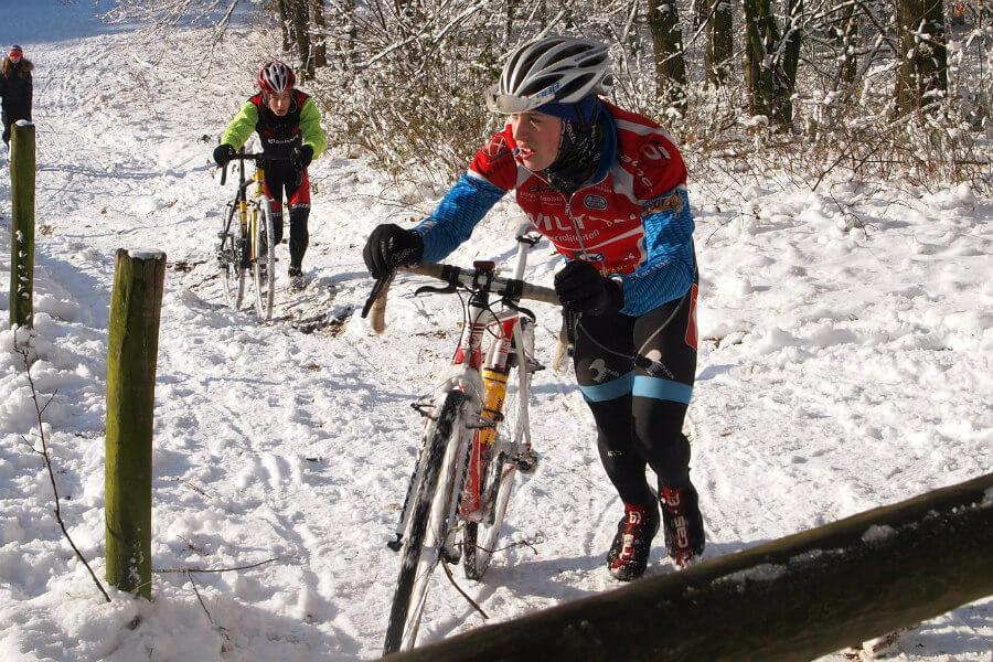 Ciclocross en la nieve
