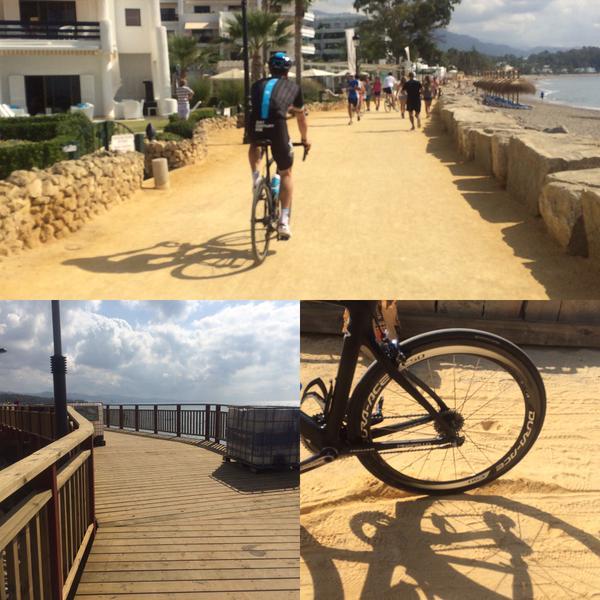 Imagen que Chris Froome ha subido a Twitter tras entrenar por el trazado de la etapa prólogo de la Vuelta.